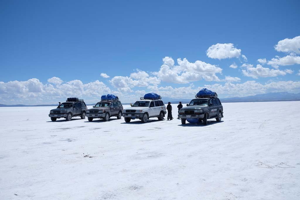 Salar de Uyuni jeeps
